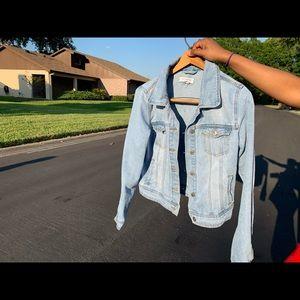 Ripped light blue Jean jacket💗